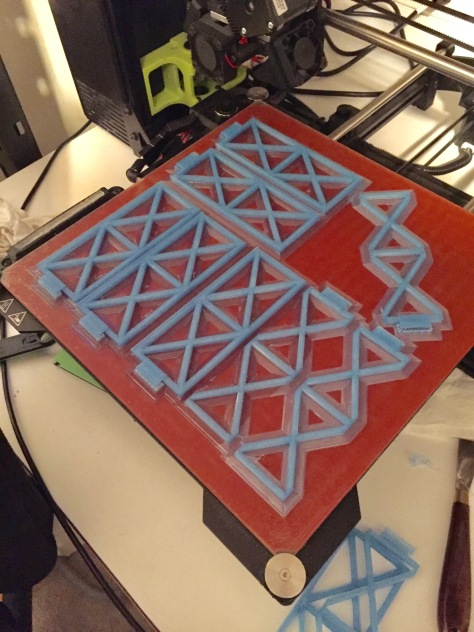 Printing two sets of bridge superstructure with a brim and without the shade